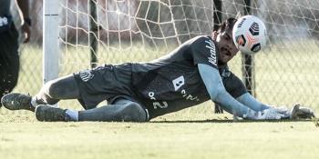 João Paulo promete Santos ofensivo diante do San Lorenzo pela Libertadores