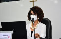 Projeto prevê priorização de professores, quilombolas e indígenas na vacinação