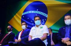 Pinheiro participa de posse da nova diretoria do COMEC e destaca a importância da fé em tempos de crise