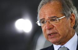 Arrecadaçãode março superou as melhores expectativas, diz Guedes