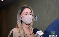 Vereadora Michelly pede prioridade de vacinação para gestantes