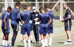 Corinthians Sub-17 realiza treino técnico no CT da Base