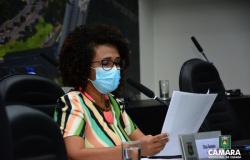 Edna Sampaio cobra medidas contra racismo em coletivos