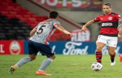 GOLEADA   Flamengo permanece na liderança do Grupo G após derrotar Unión La Calera