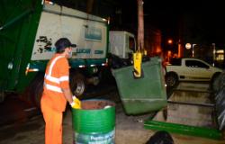 Prefeitura notifica empresa e serviço de coleta de lixo é mantido sem prejuízos à população