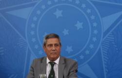 Orçamento atende metade das necessidades da Defesa, diz ministro