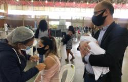 """Gestantes e puérperas comemoram o Dia das Mães imunizadas: """"É um sopro de esperança e vida"""""""