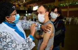 Veja quais polos de vacinação funcionam neste feriado de Corpus Christi