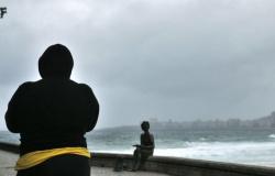 Chegada de frente fria pode trazer chuva forte para hoje no Rio