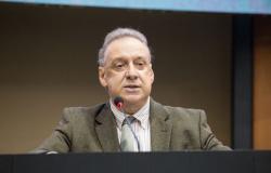 Em quase 30 anos de Parlamento, Romoaldo Júnior prioriza áreas da saúde e do social