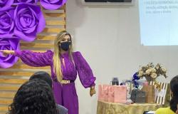 Vítimas de violência doméstica participam de encontro na Delegacia de Cáceres