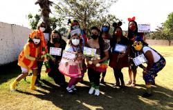 Servidores da Educação celebram data com atividades lúdicas
