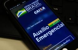 Caixa paga neste domingo auxílio emergencial a nascidos em novembro