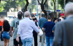 População ocupada aumenta 2,5% no segundo trimestre, diz IBGE