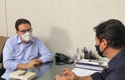 Dr. Gimenez visita Comodoro e garante mais de R$ 360 mil em investimentos