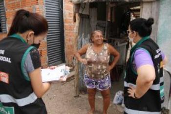 Famílias atingidas por incêndio da Comunidade do Morro de São Gerônimo são atendidas pela Assistência Social de Cuiabá