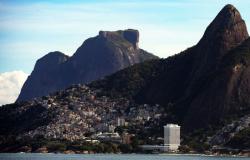 Ventos de mais de 70 km/h atingem o Rio e provocam transtornos