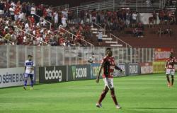No reencontro com o plublico na serie B, Vila Nova empata com Confianca
