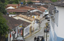 Feira Literária de Pirenópolis homenageia poetas