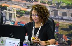 """Veto derrubado: Política """"Menstruação sem Tabu"""" avança em Cuiabá"""