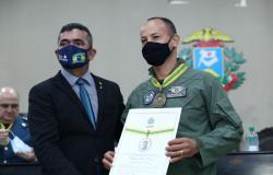 Sessão solene homenageia 26 personalidades de Mato Grosso
