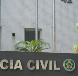 Operação cumpre mandados de prisão contra vereador e policiais no Rio