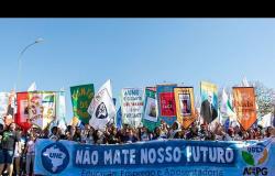 INIMIGOS DA EDUCAÇÃO Bolsonarismo: retrocesso civilizatório e da educação