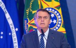 Bolsonaro aciona STF contra decretos estaduais que impõem restrições para conter Covid-19
