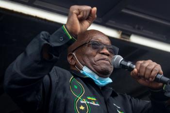 Prisão do ex-presidente Zuma é teste para democracia sul-africana