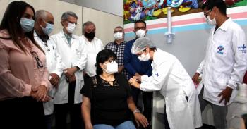 Várzea Grande inicia vacinação contra a Covid e vai dar transparência dos atendidos
