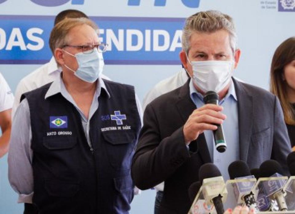 """Mauro cobra ações do MPE e TCE contra """"fura-filas"""" em MT"""