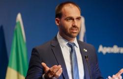 Conselho de Ética adia análise de declaração de Eduardo Bolsonaro sobre o AI-5; relator quer arquivamento