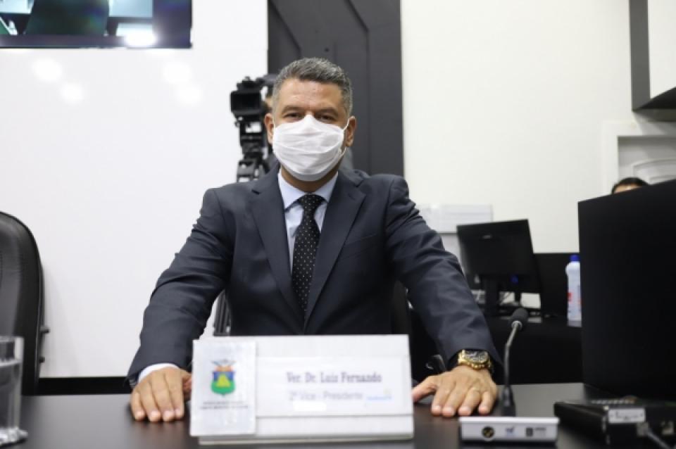 Dr. Luiz Fernando indica traumatologia humanizada para reduzir espera de pacientes com fraturas