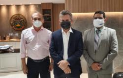 Governador anuncia polo da Unemat em Cuiabá com três cursos