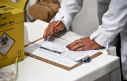 Campanha de vacinação flexibiliza recebimento de documentos que comprovam comorbidades