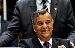Ex-secretário da mesa da Câmara, Mozart Vianna morre em Brasília