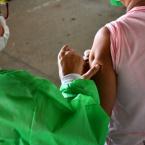 COVID-19: Hoje (quinta-feira) foi dia de vacinação para idosos de 65 a 69 anos em Nova Olímpia