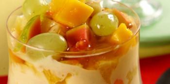 Pavê de frutas com mel