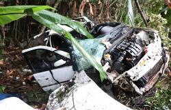 Carro com nove ocupantes capota e quatro pessoas morrem na MT-249, em Nova Mutum-MT