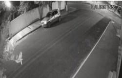 PM recupera na Vila Alta III carro furtado no Bairro Vale do Sol