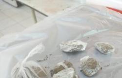 Polícia Militar prende três traficantes em Denise