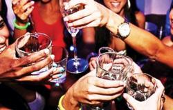 Bebida deve ser restringida na quarentena, diz OMS