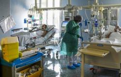 Paciente com Covid-19 descumpre quarentena e é detido pela PM