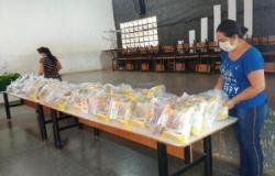 Estado entrega mais de 360 mil kits de merenda para alunos