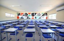 SALVAR ANO LETIVO - MT retoma aulas em agosto por meio virtual e contratará professores interinos