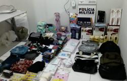 PM prende 1 homem e 2 mulheres após furto de quase R$ 5 mil em produtos de lojas de Tangará da Serra