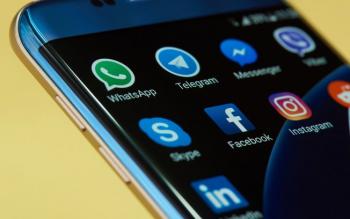 shutterstock -WhatsApp e Telegram viraram motivo de briga entre internautas