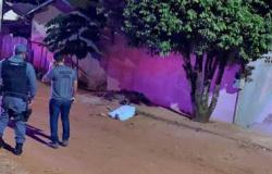 Pistoleiros se passam por policiais e executam homem na rua em São José do Rio Claro
