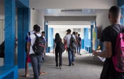 CAUTELA - Apesar da estabilidade da Covid, MT não tem prazo para volta das aulas