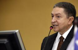 STF determina volta de Valter Albano ao TCE; decisão pode valer para os outros 4